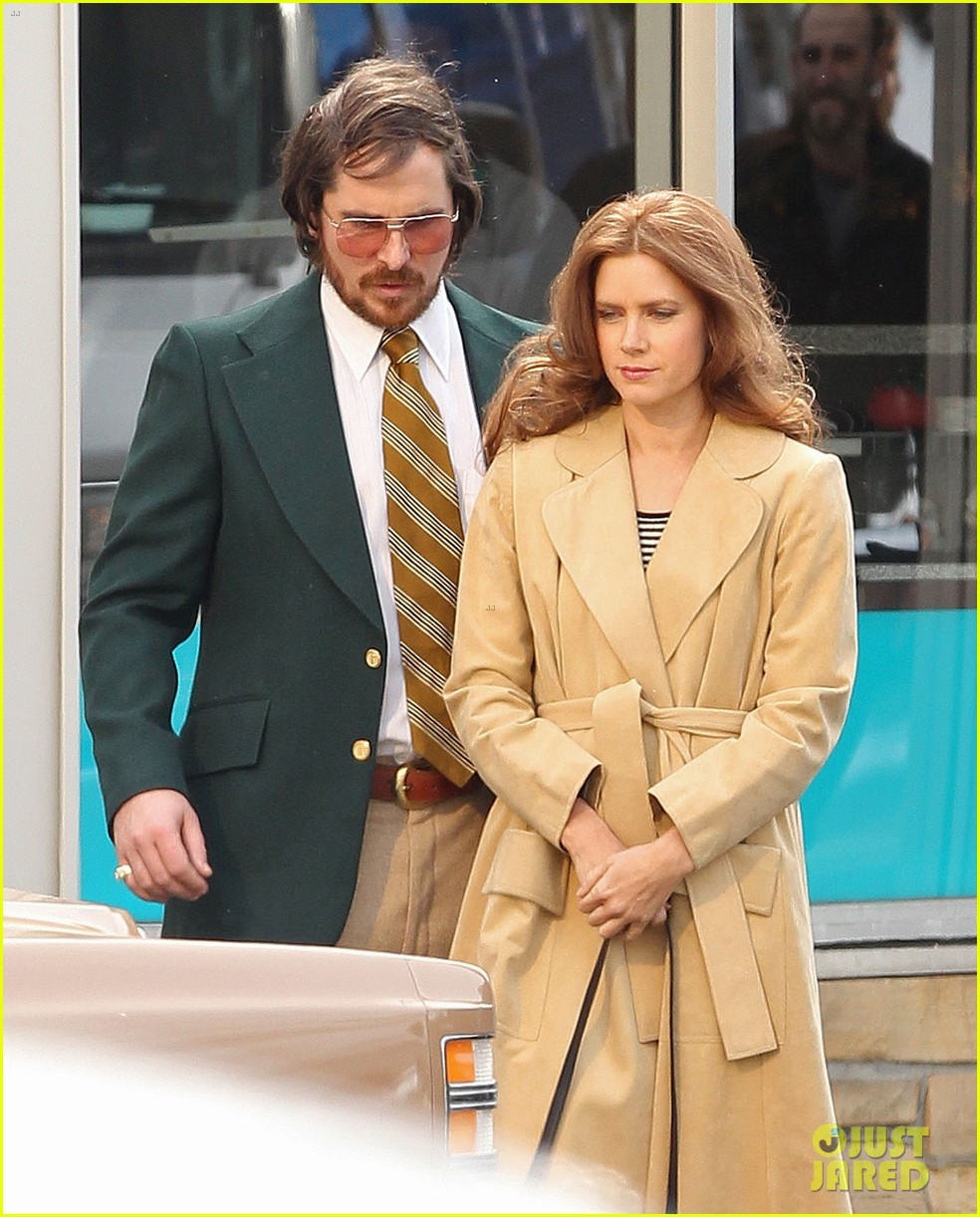 christian bale comb over cut for abscam with amy adams 21