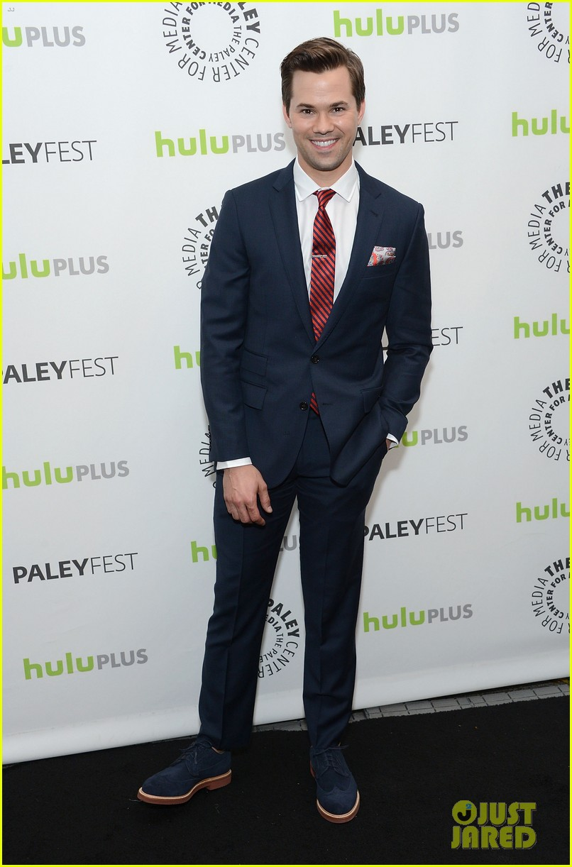 justin bartha andrew rannells new normal at paleyfest 03