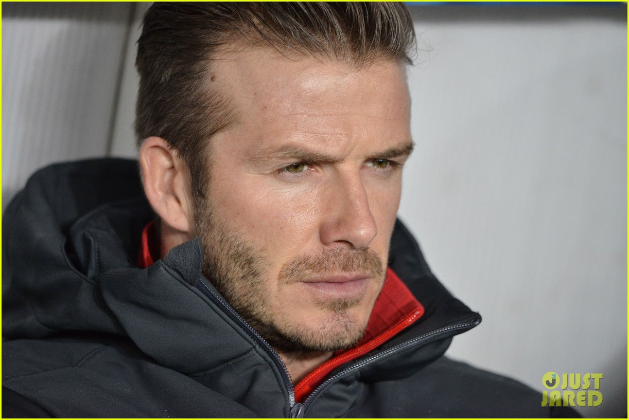david beckham cheers on the sidelines for psg 10