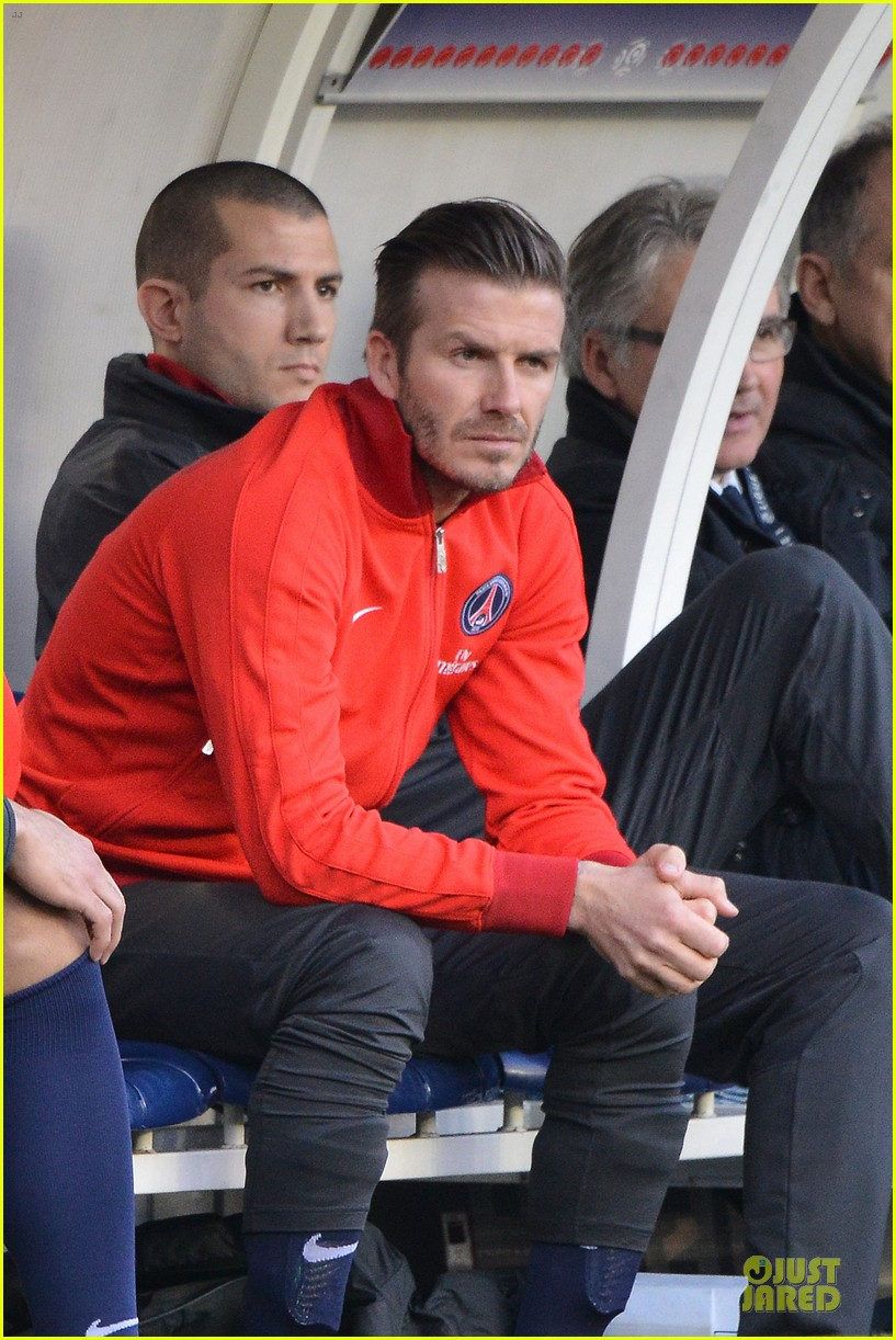 david beckham shirtless soccer match 13