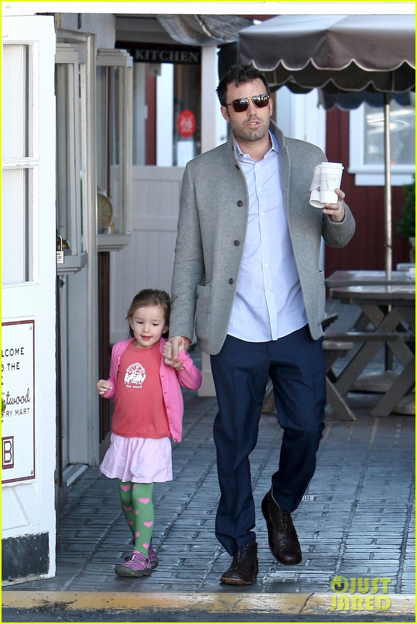 ben affleck breakfast stop with seraphina 352823095
