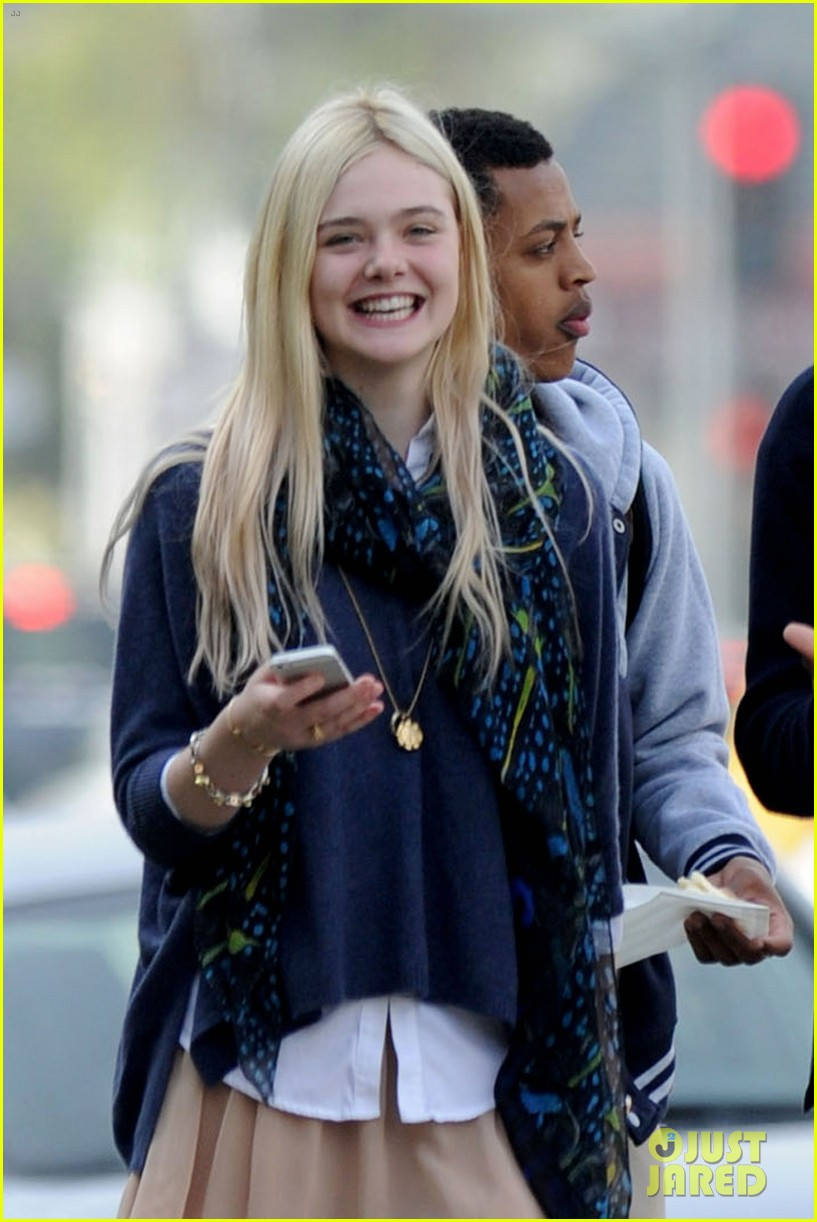 halle berry elle fanning jimmy kimmel live ladies 20
