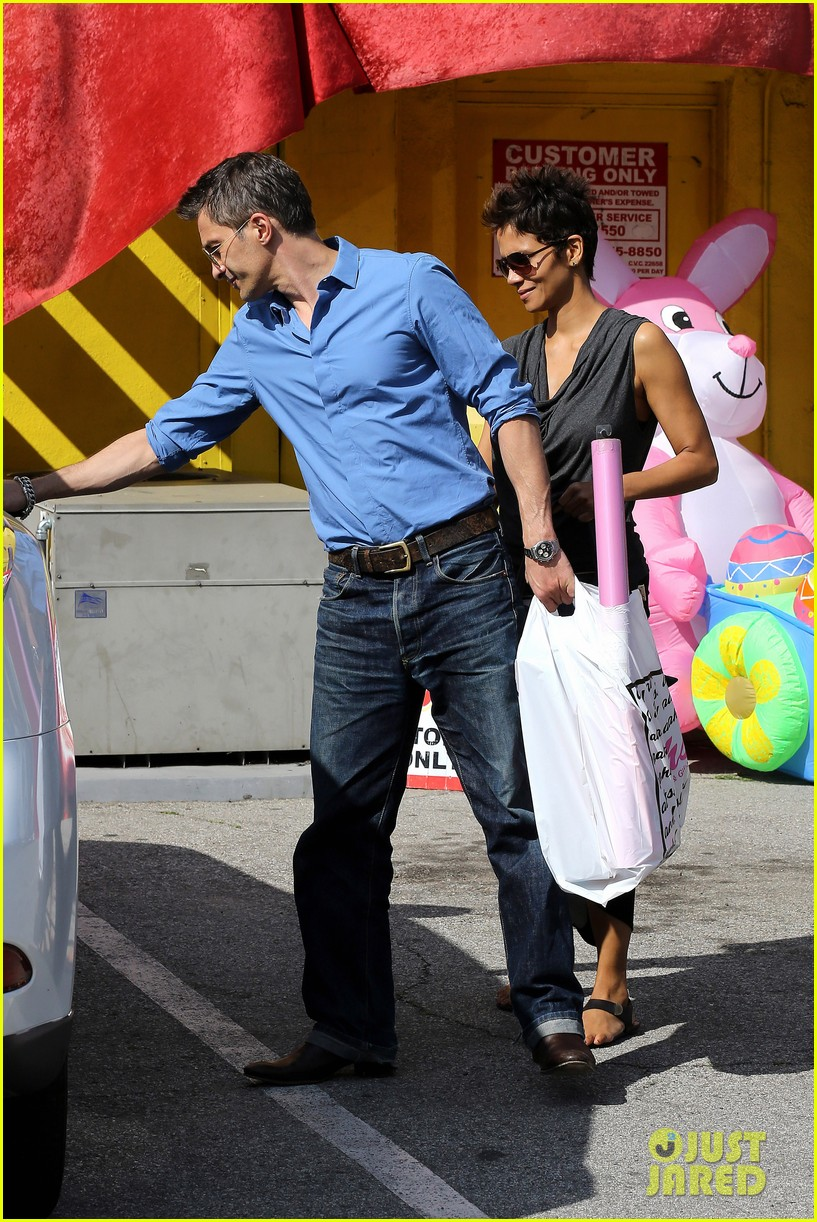 halle berry olivier martinez fig olive lunch 222837602
