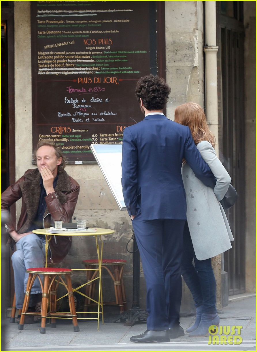 jessica chastain gian luca passi de preposulo hold hands in paris 052826185