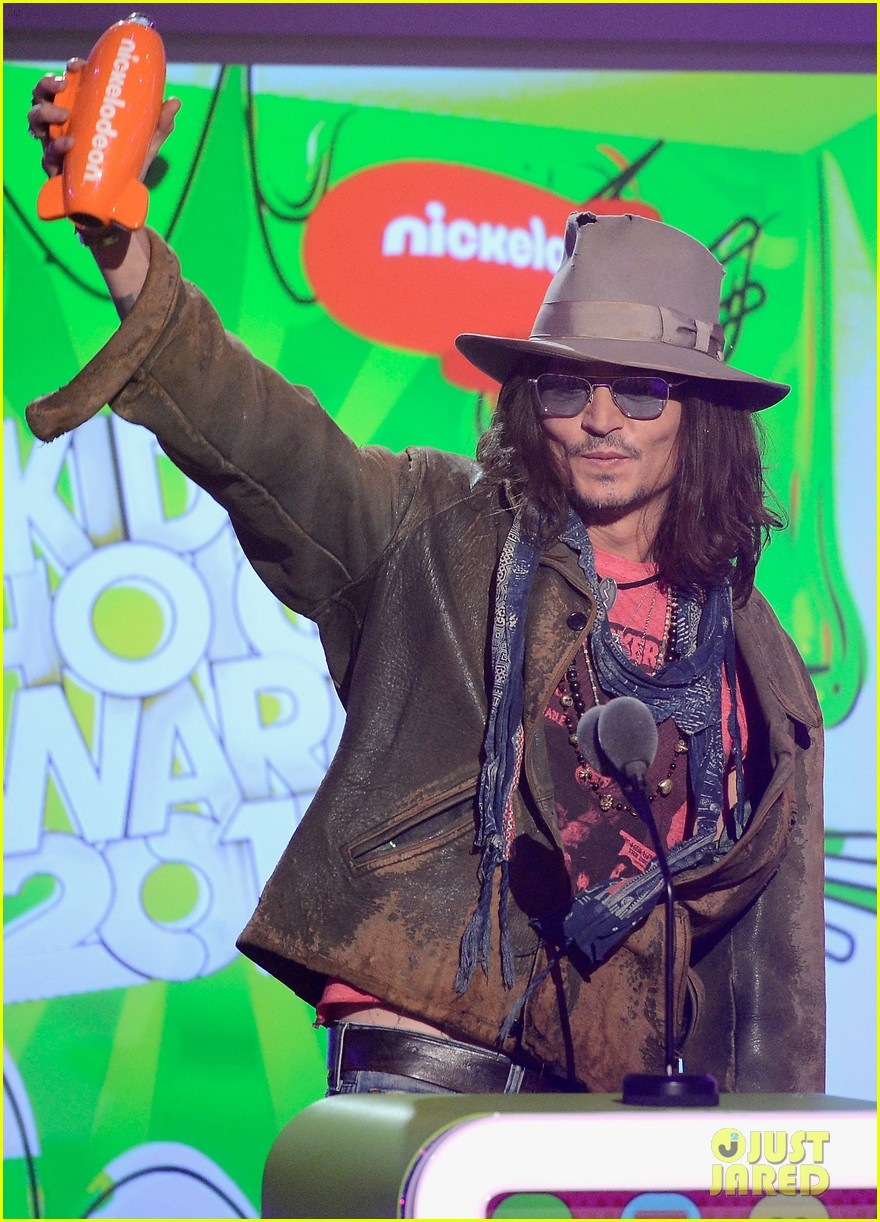 johnny depp kids choice awards 2013 winner 052836590