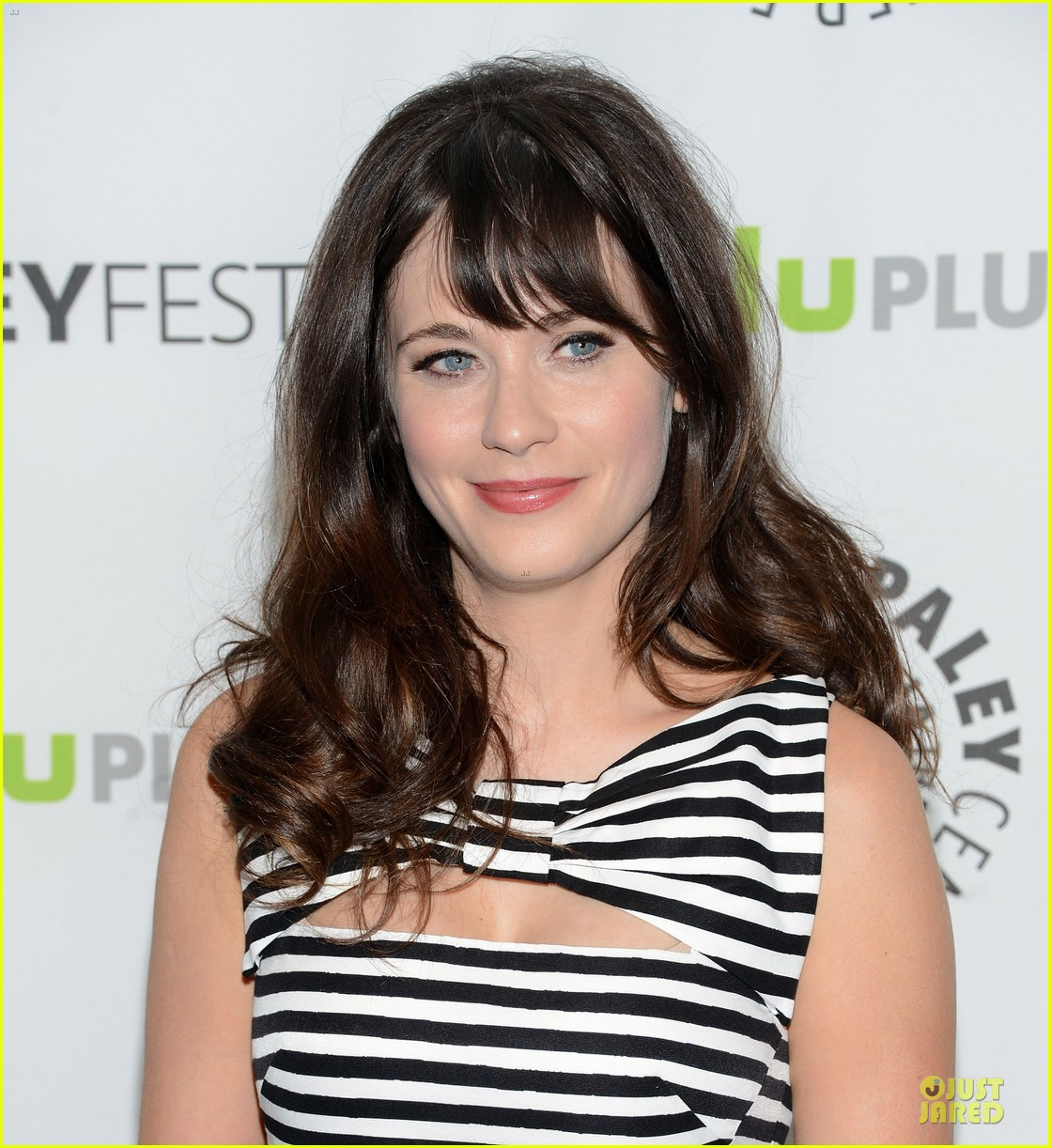 zooey deschanel paleyfest with new girl cast 112829161