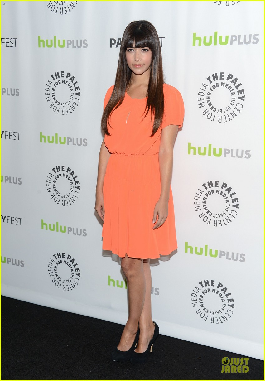 zooey deschanel paleyfest with new girl cast 19