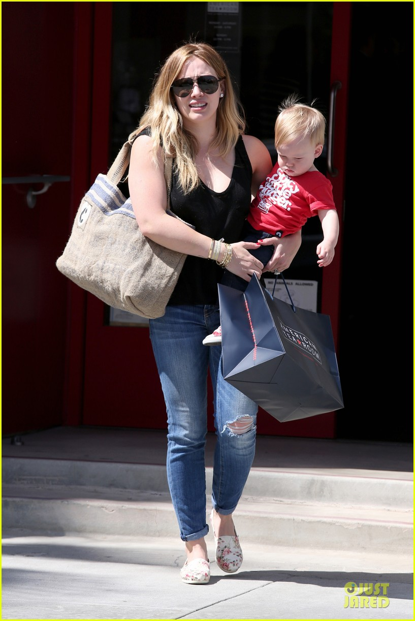 hilary duff daily grill lunch stop 072836058