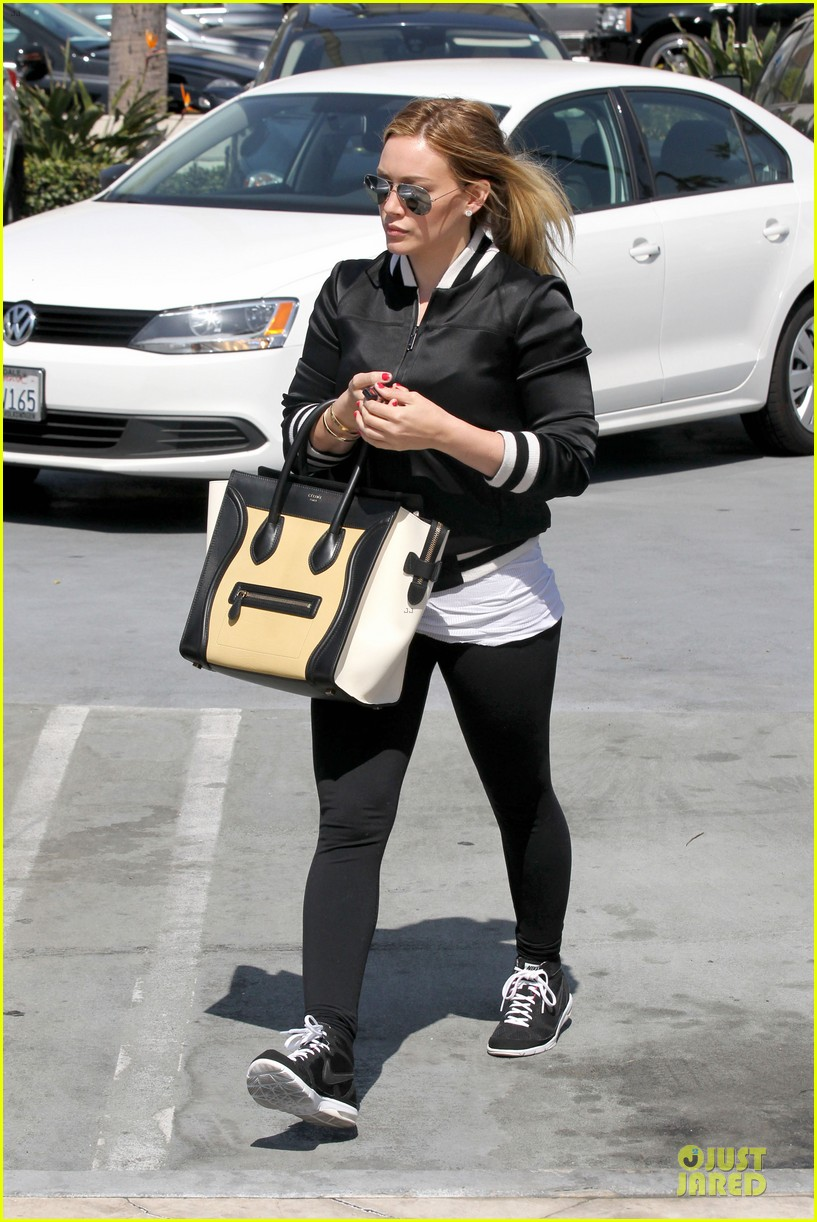 hilary duff daily grill lunch stop 33