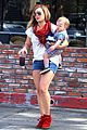 hilary duff mike comrie charlies pantry with baby luca 04
