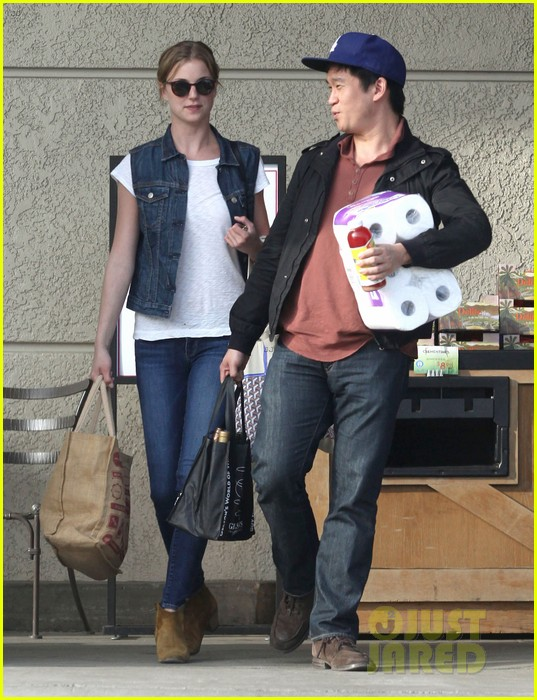 emily vancamp gelsons grocery shopper 11