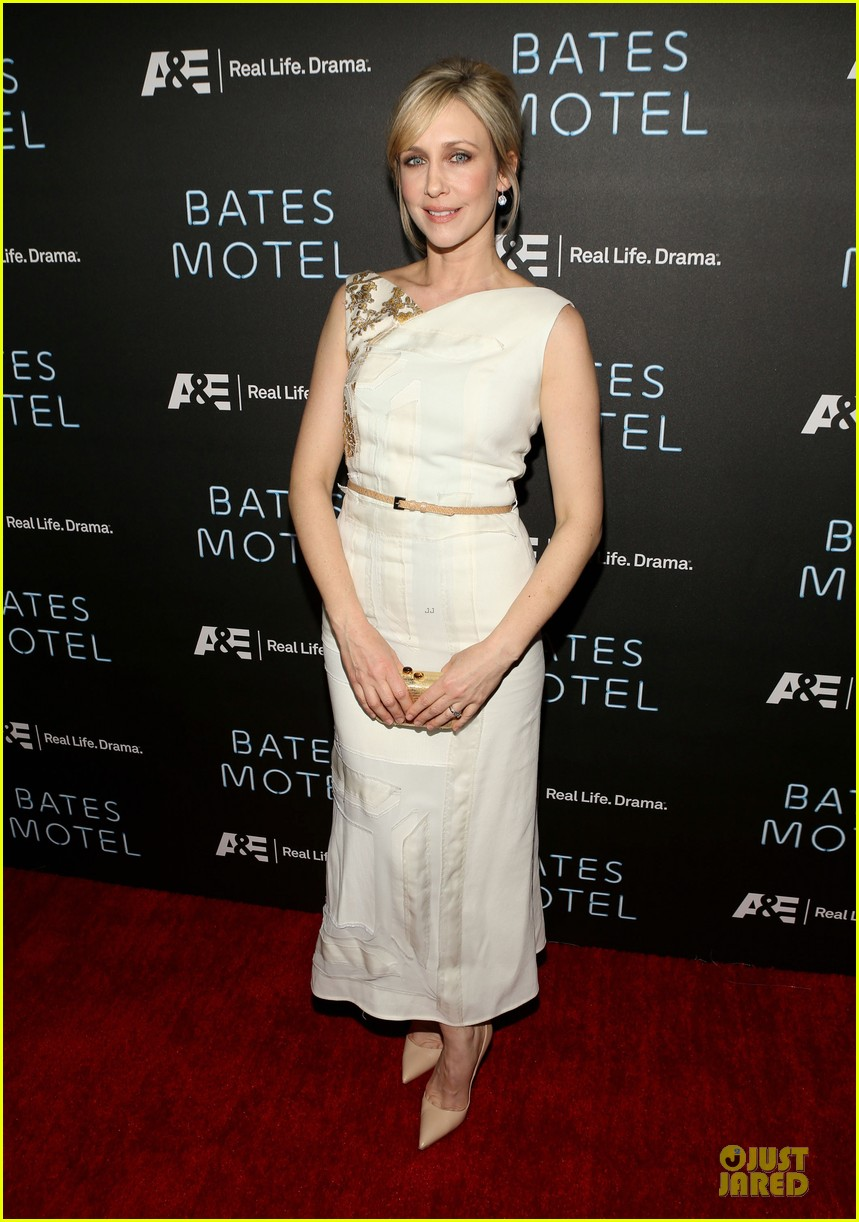 vera farmiga freddie highmore bates motel premiere party 012829685