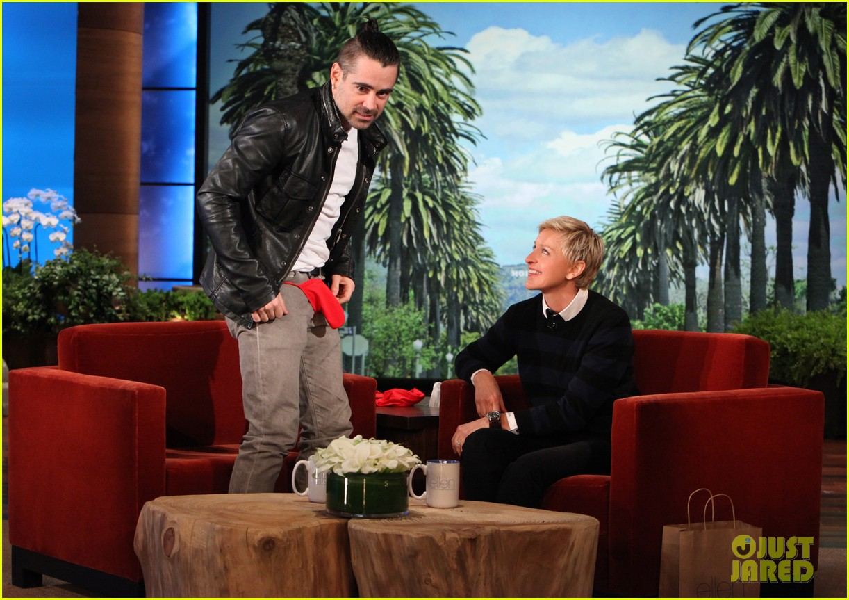 colin farrell wears revealing underwear on ellen 04