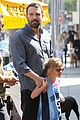 jennifer garner ben affleck violet basketball game 12