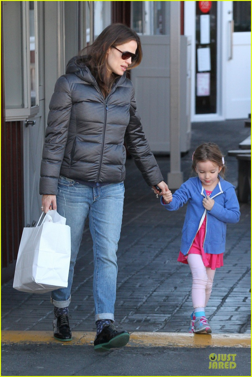 jennifer garner ben affleck enjoys hanging out with me 03