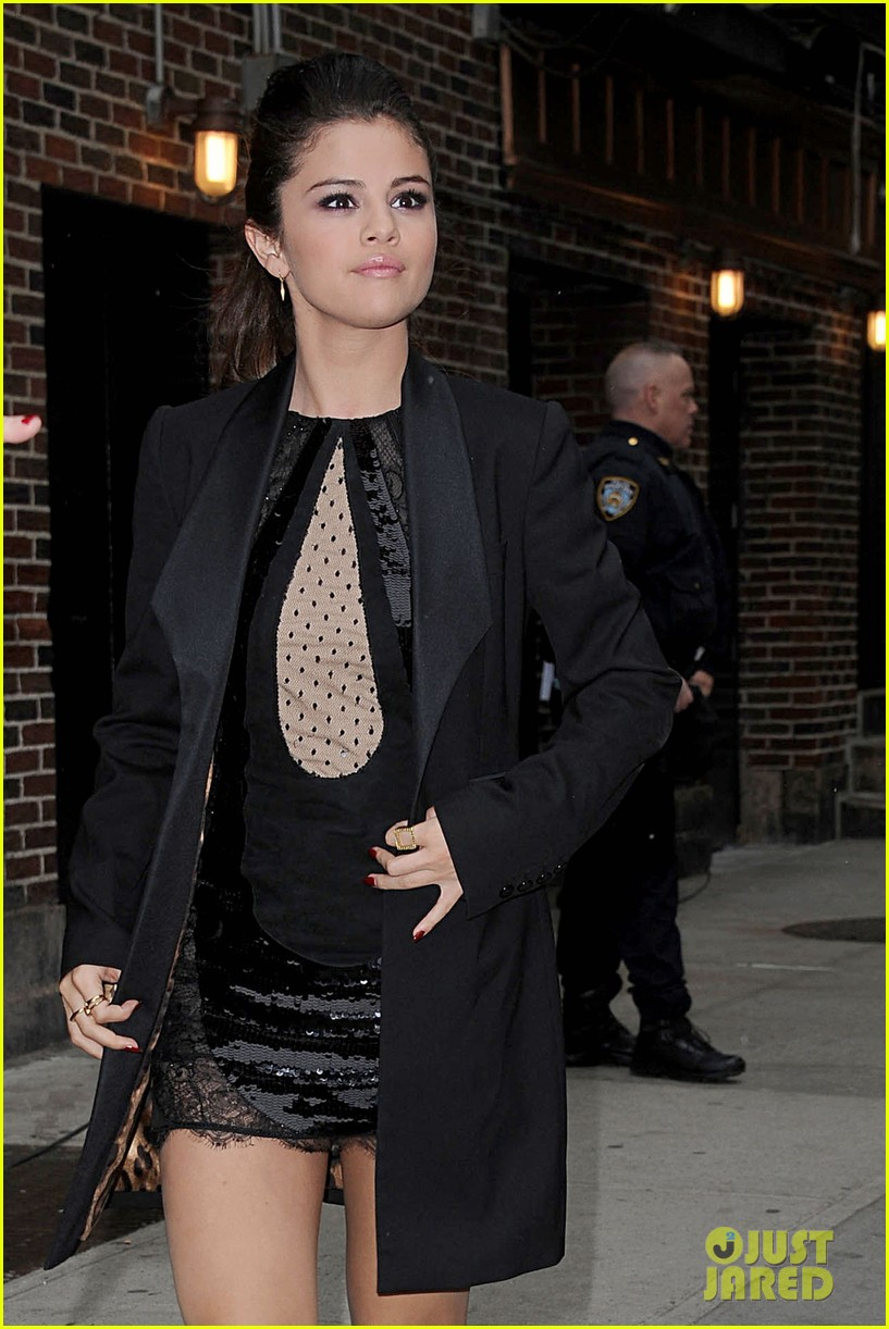 selena gomez late show with david letterman appearance 19