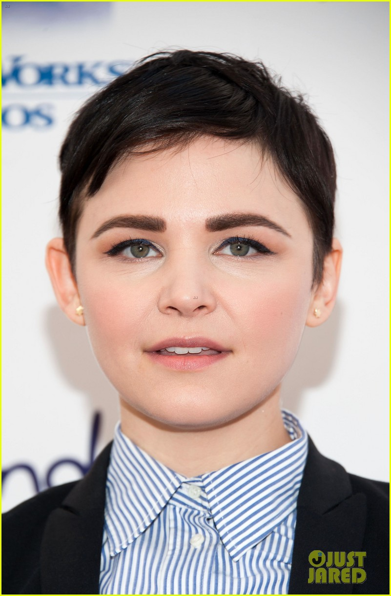 ginnifer goodwin julie bowen milk bookie story time 022828610