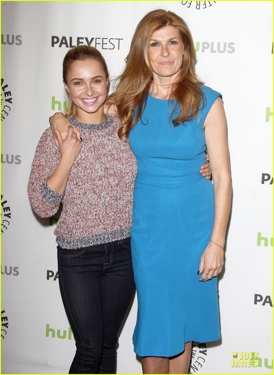 hayden panettiere connie britton paleyfest with nashville cast 38