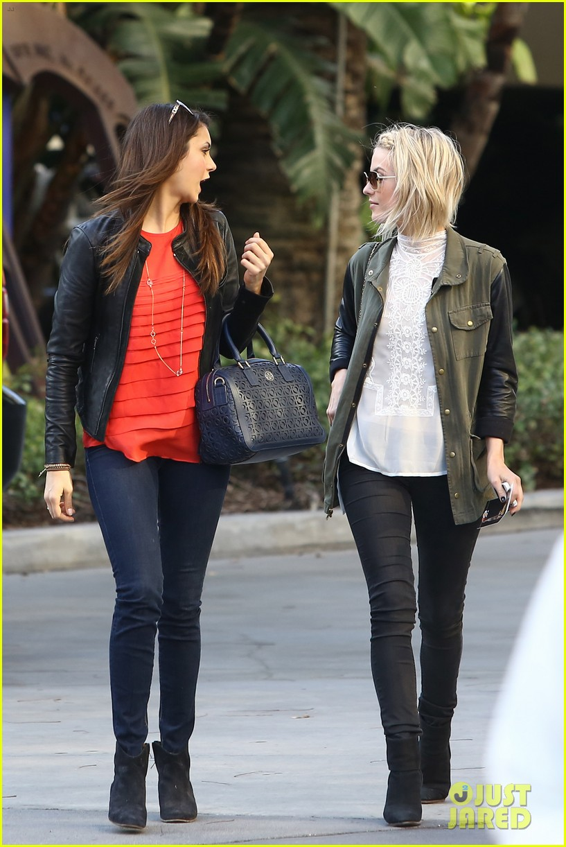 julianne hough post split lakers game with nina dobrev 112832724