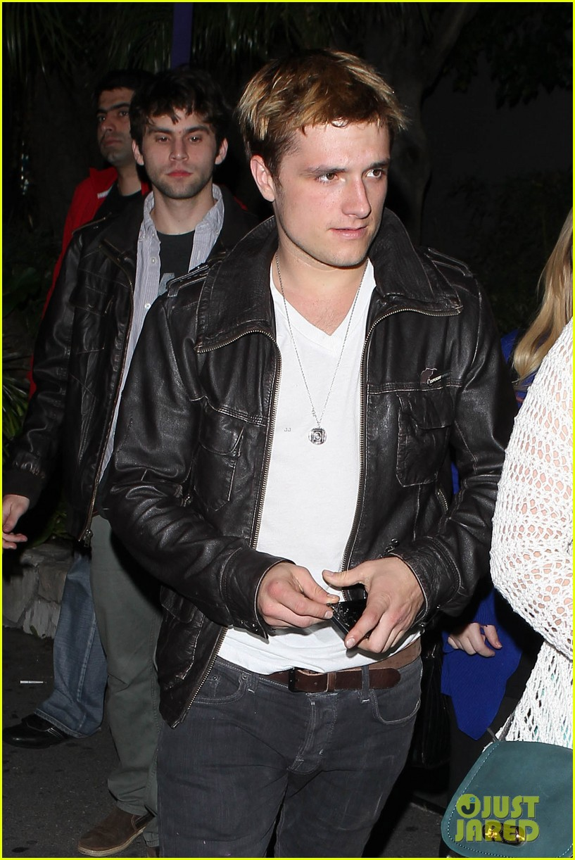 josh hutcherson bowling night with mom 012829252