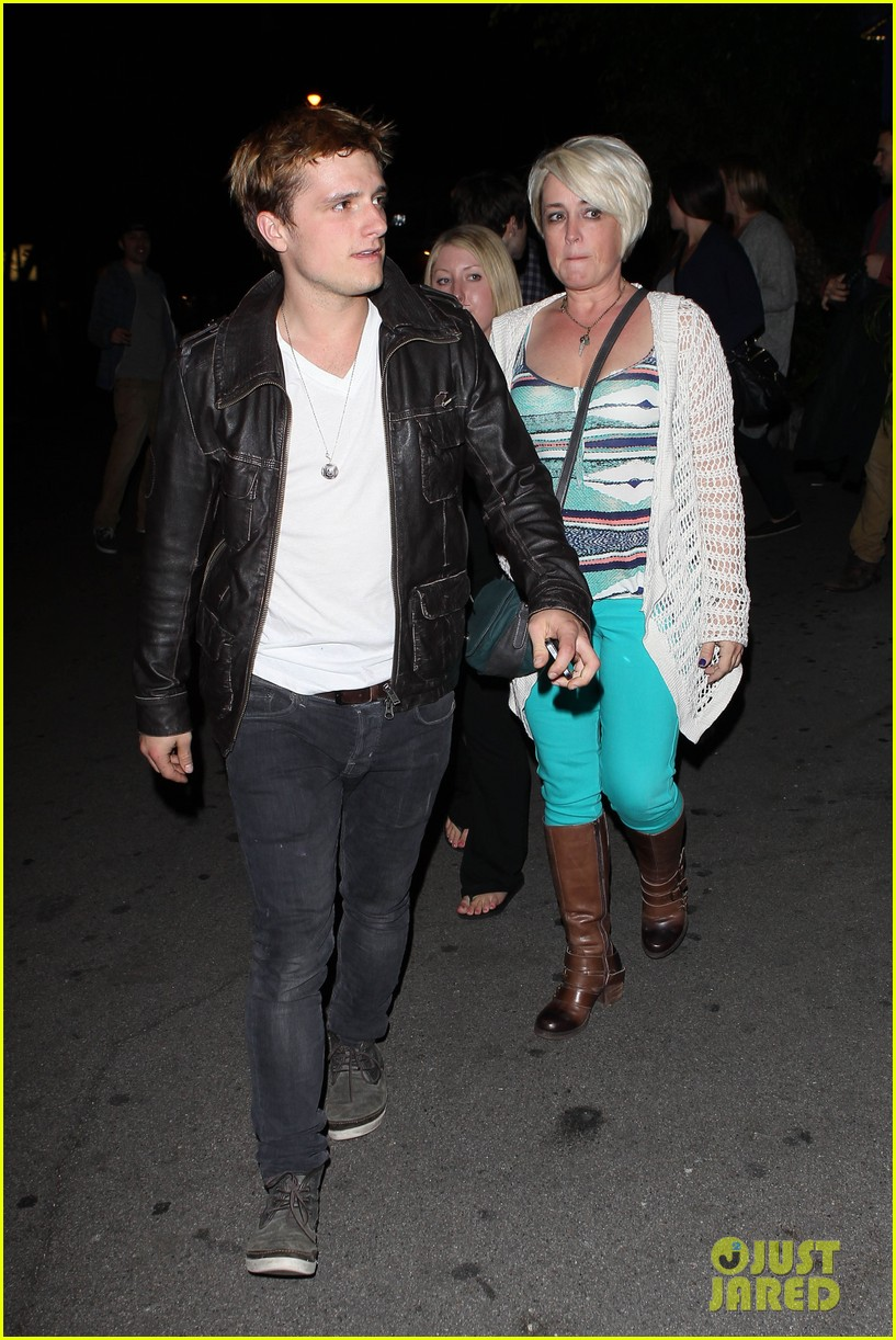josh hutcherson bowling night with mom 042829255