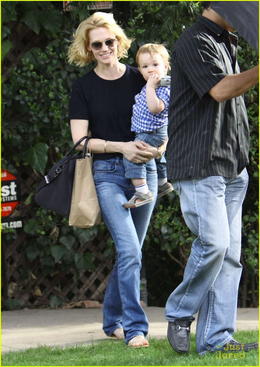 january jones xander le pain quotidien lunch 49