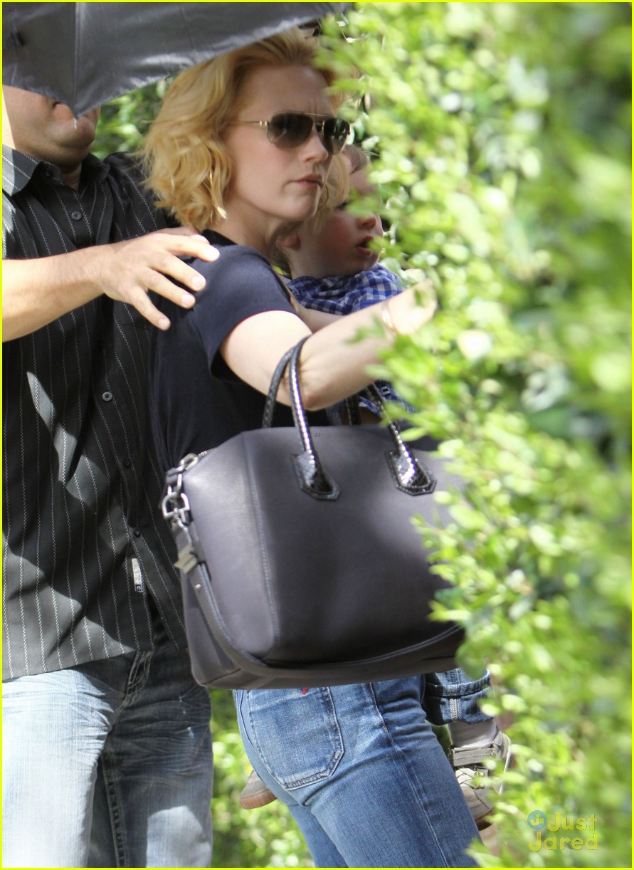 january jones xander le pain quotidien lunch 59