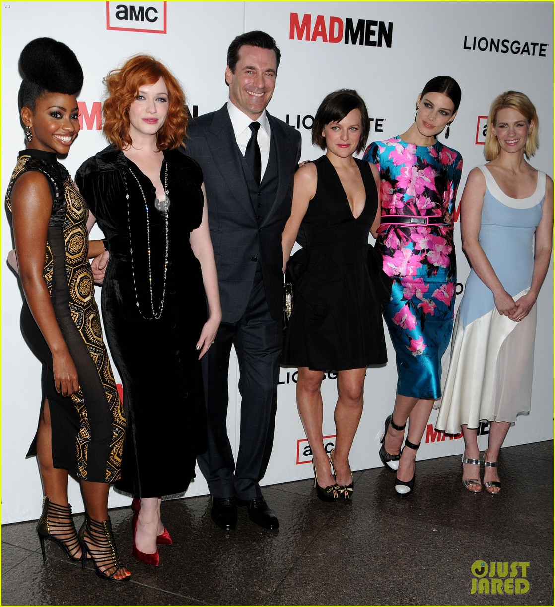 january jones alison brie mad men season 6 premiere 04