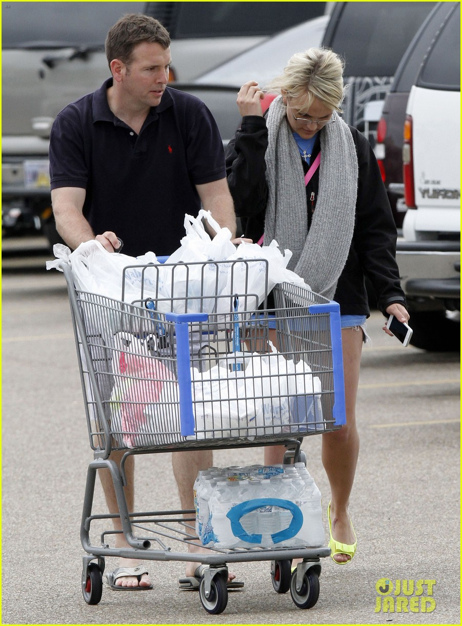 jamie lynn spears grocery shopping with jamie watson 14