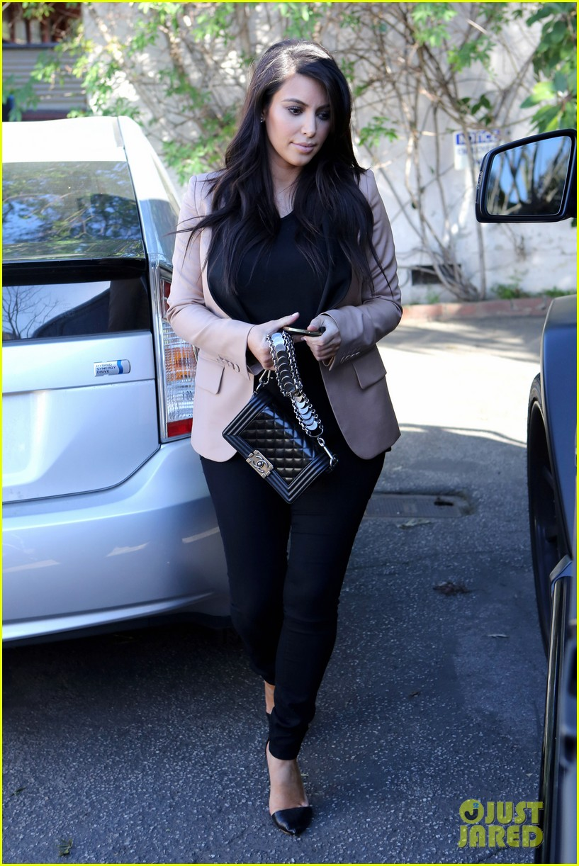 kim kardashian loves expectant mom parking spots 202823286