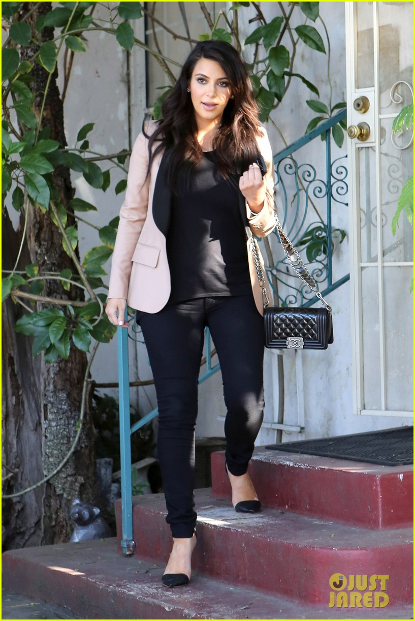 kim kardashian loves expectant mom parking spots 23