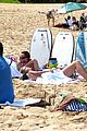 heidi klum martin kirsten beach picnic with the kids 26