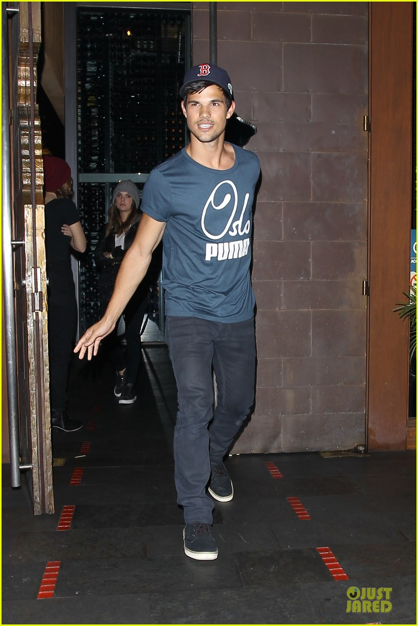 taylor lautner ashley benson fogo de chao friday dinner 152831503