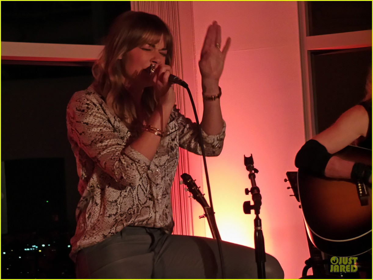 leann rimes spitfire album listening party 02