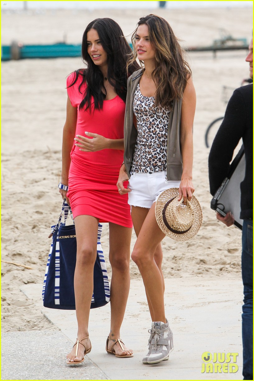 adriana lima alessandra ambrosio vs beach shoot 052827001
