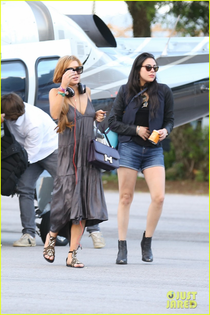 lindsay lohan helicopter ride dj night in brazil 212840827