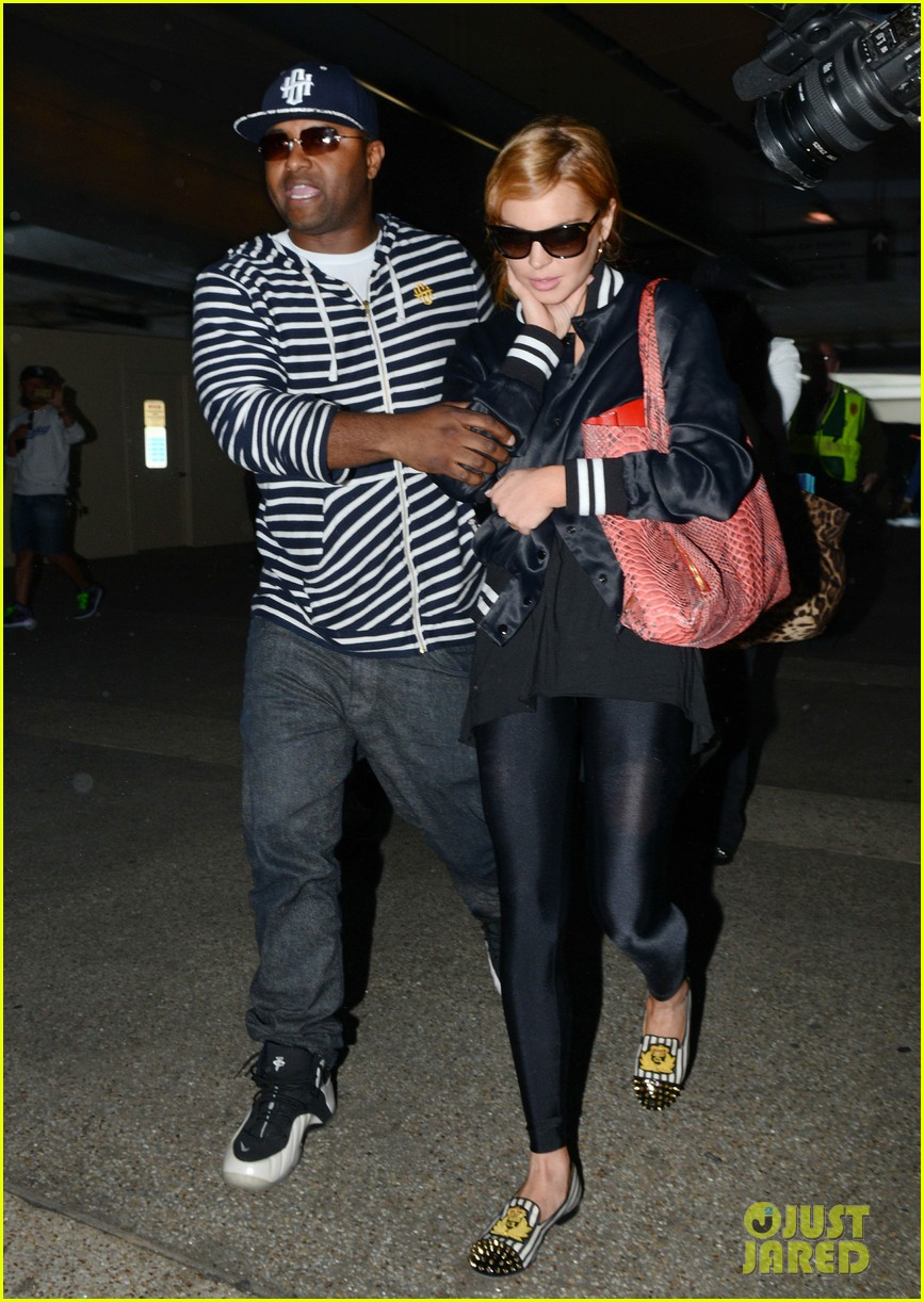 lindsay lohan jets to brazil to promote a clothing line 052838972