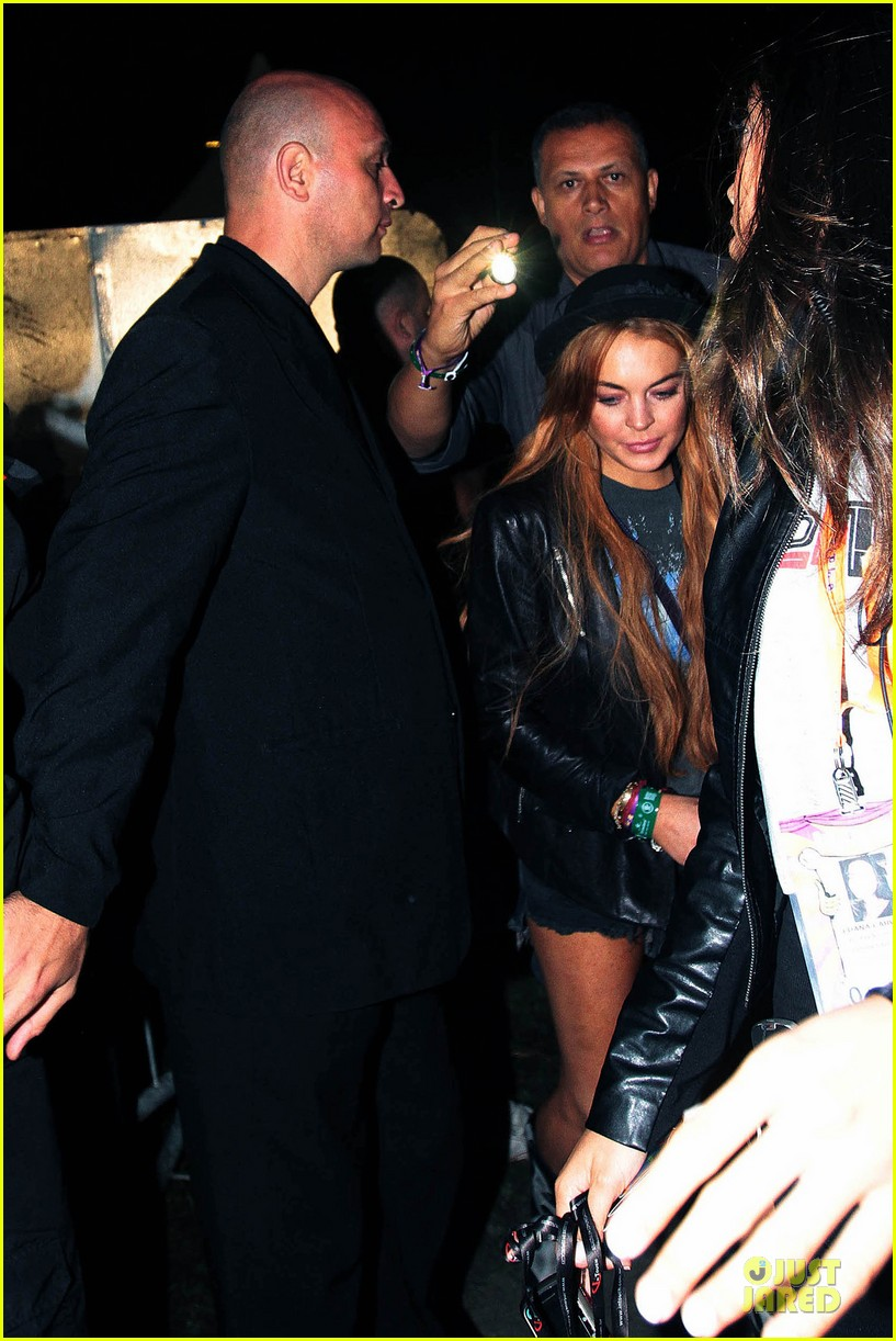 lindsay lohan late show with david letteraman in april 052840234