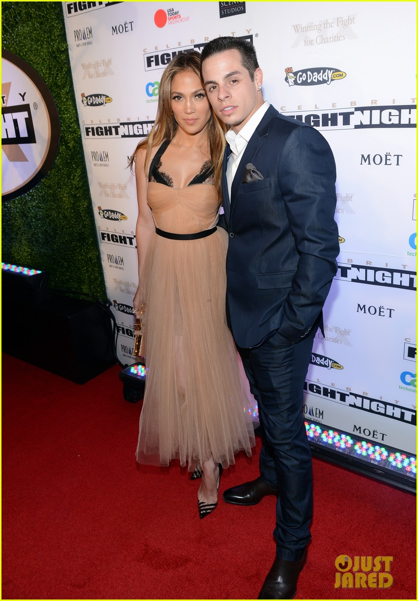 jennifer lopez celebrity fight night with casper smart 05