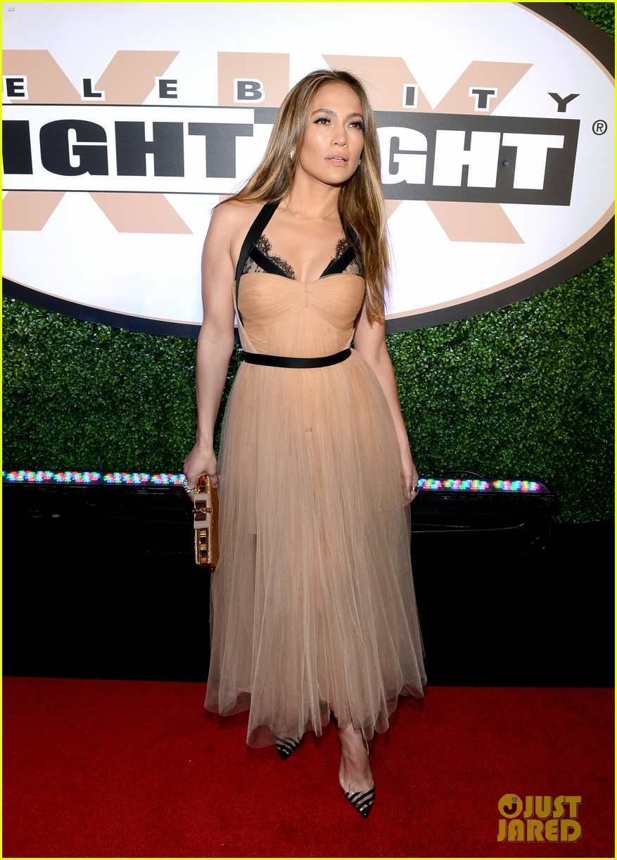jennifer lopez celebrity fight night with casper smart 13