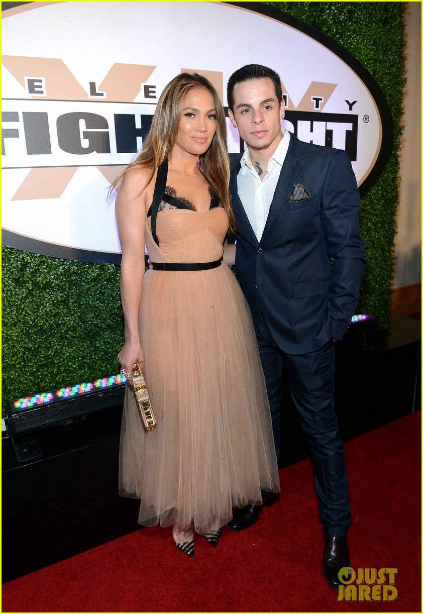 jennifer lopez celebrity fight night with casper smart 16