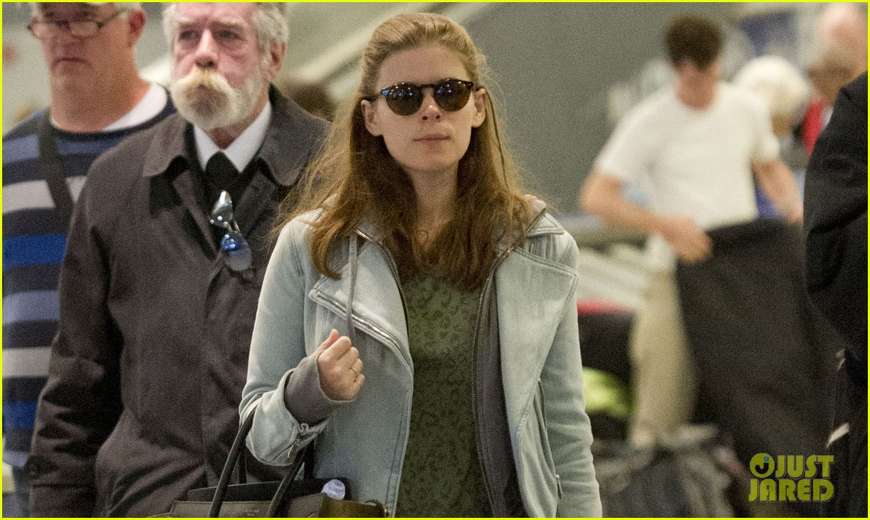 kate mara last call with carson daily on tuesday 03
