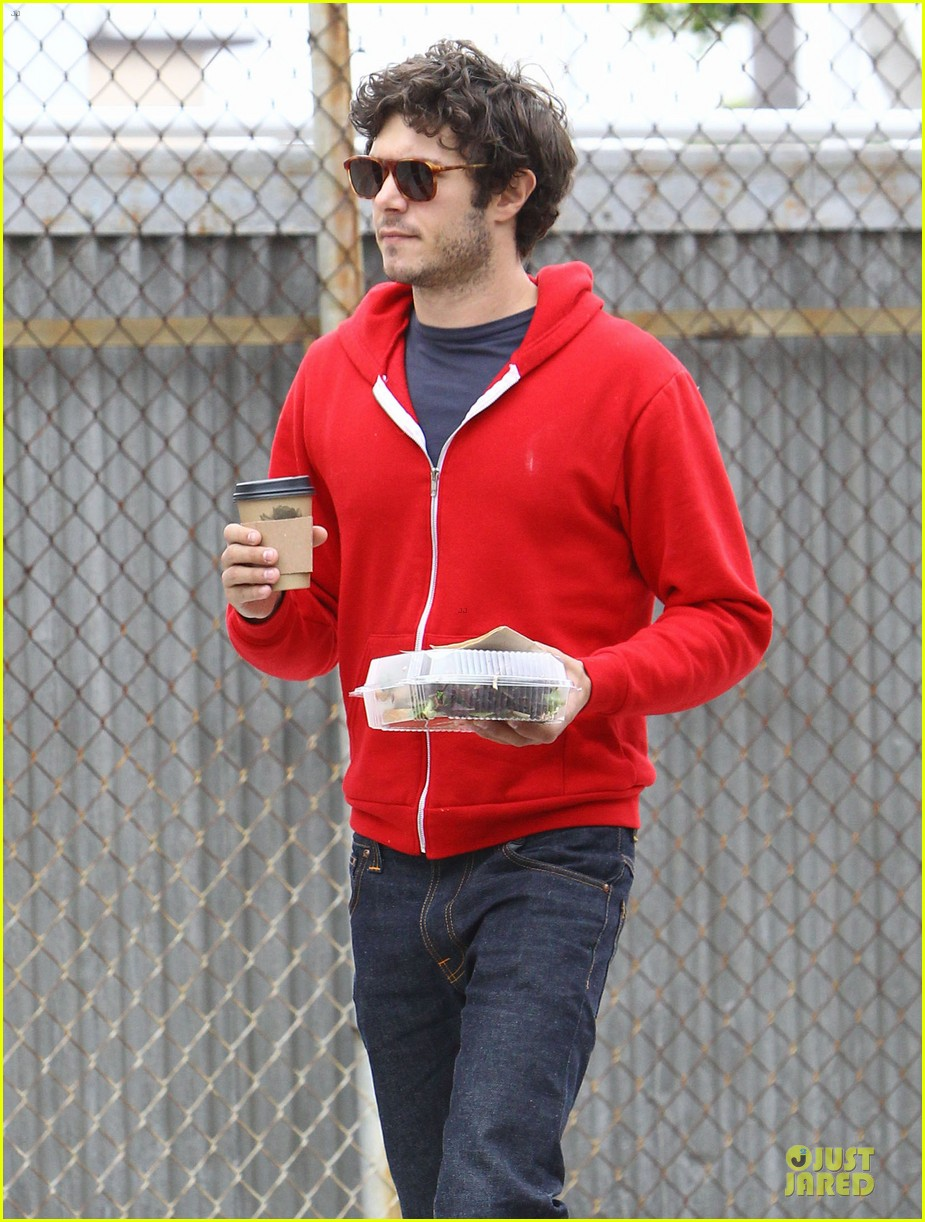 leighton meester adam brody separate lunch outings 15