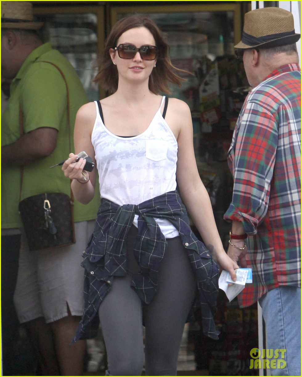 leighton meester yoga lover 06