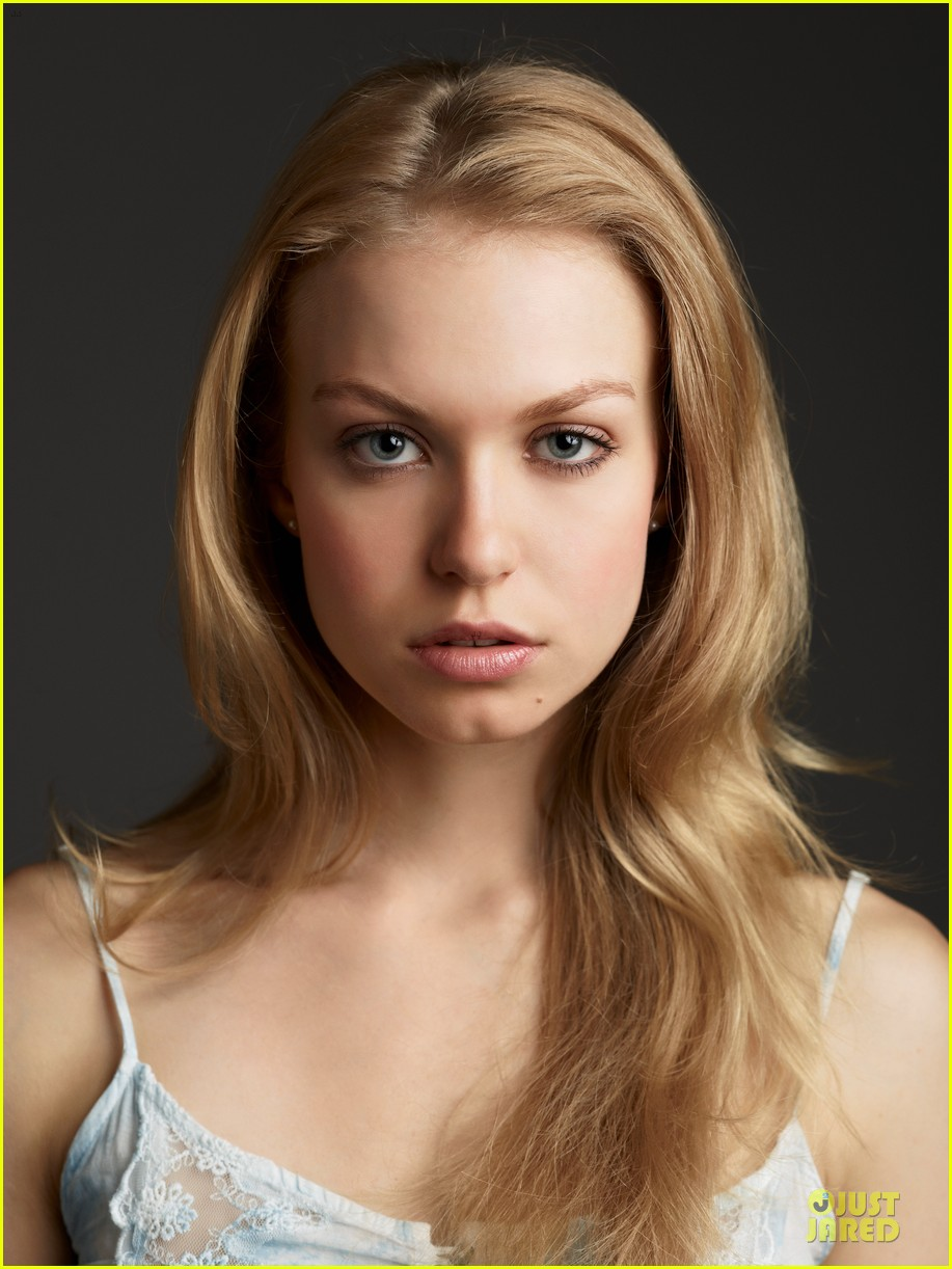 penelope mitchell hemlock grove exclusive interview 02