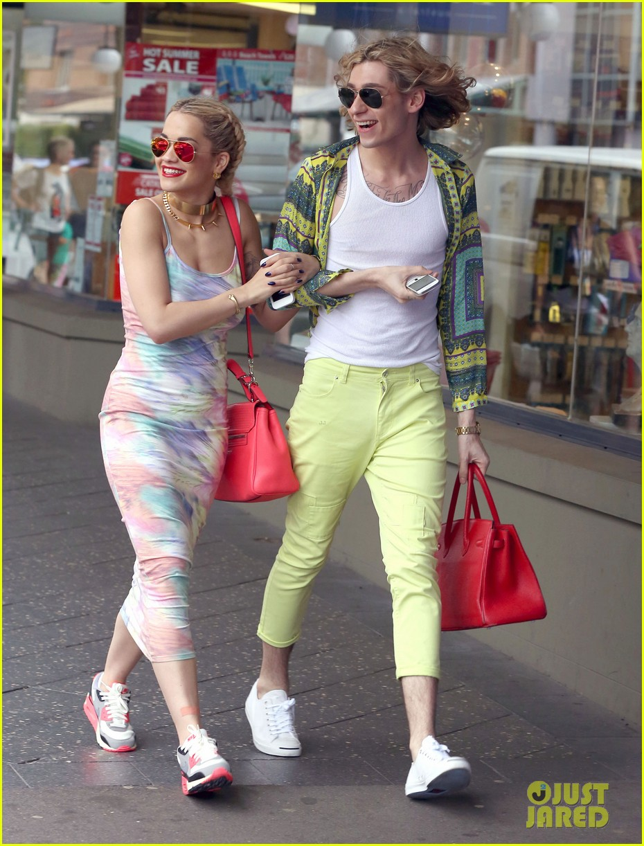 rita ora shopping in sydney 03