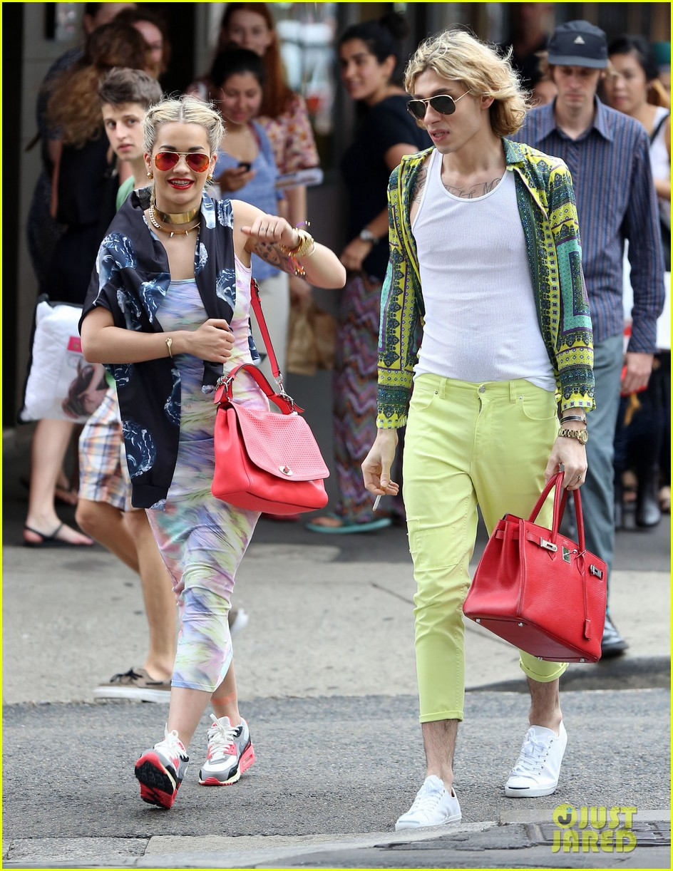 rita ora shopping in sydney 072822958