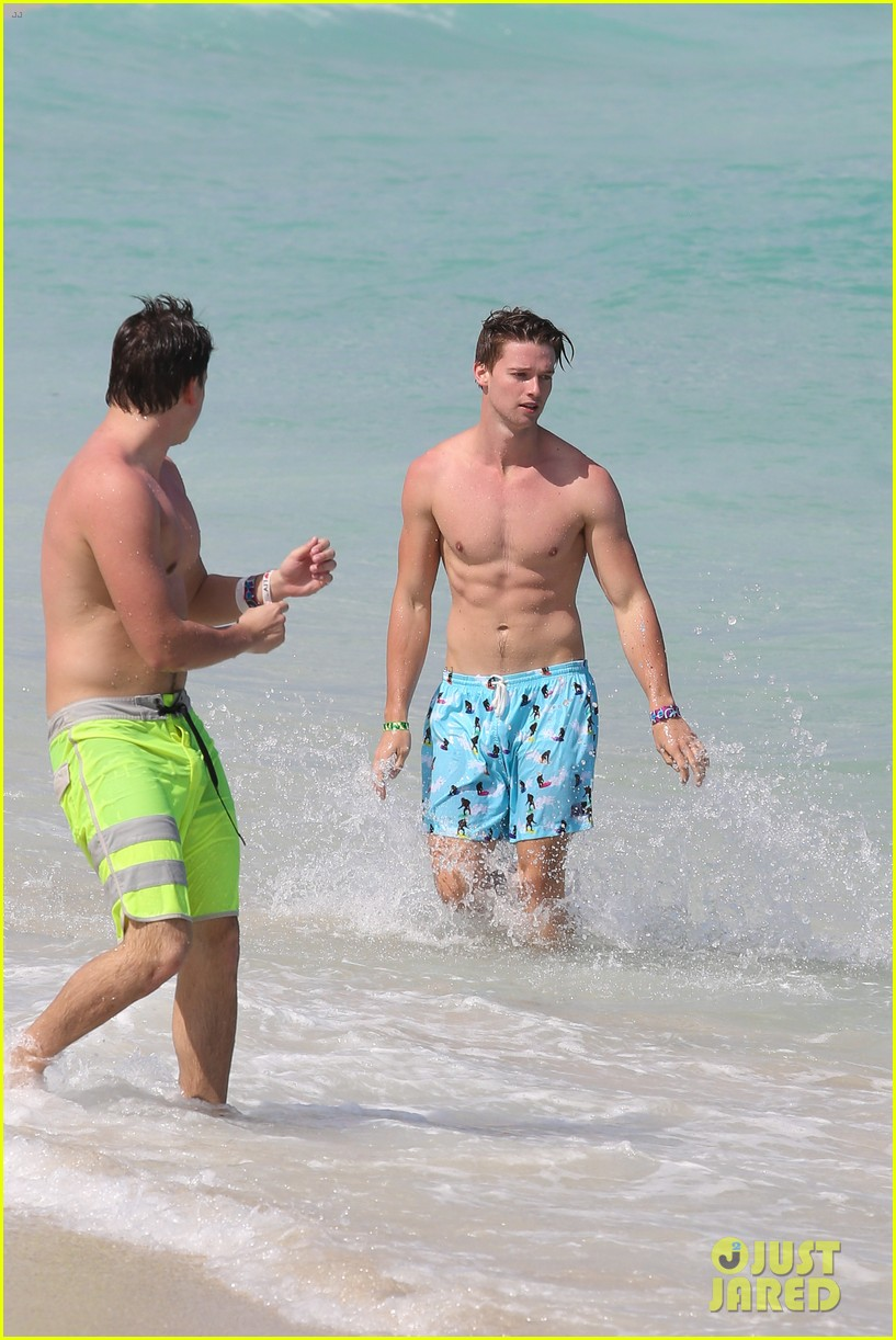 patrick schwarzenegger shirtless beach football 03