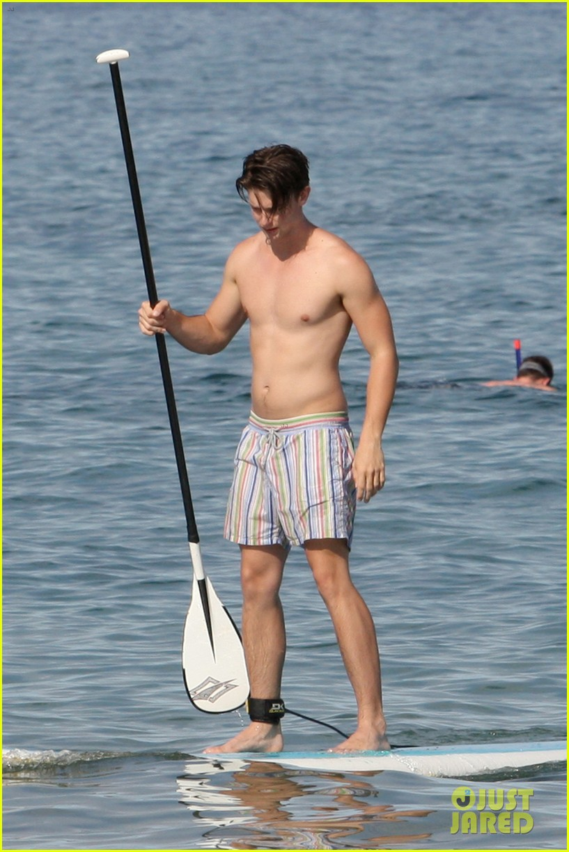 patrick schwarzenegger shirtless hawaii hottie 052839141