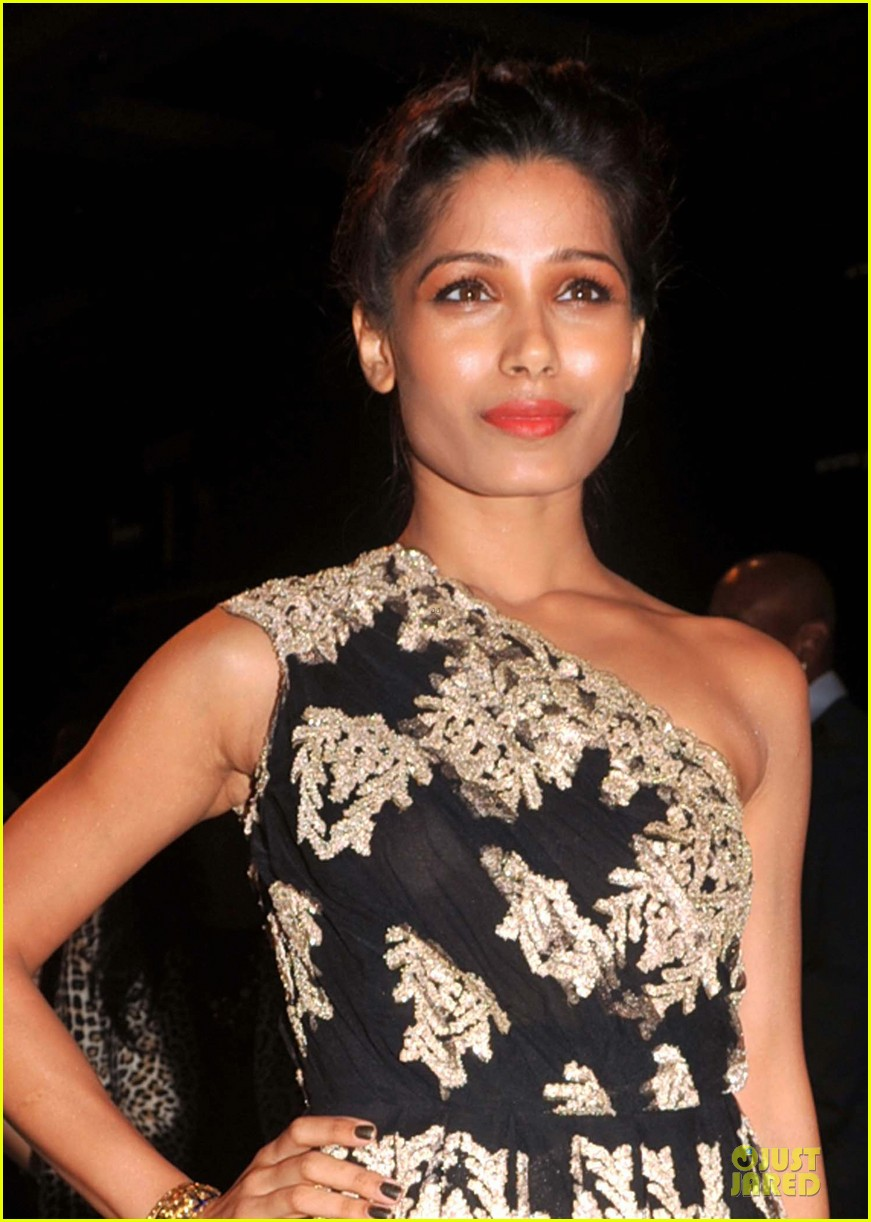 freida pinto proenza schouler collection launch 042838466